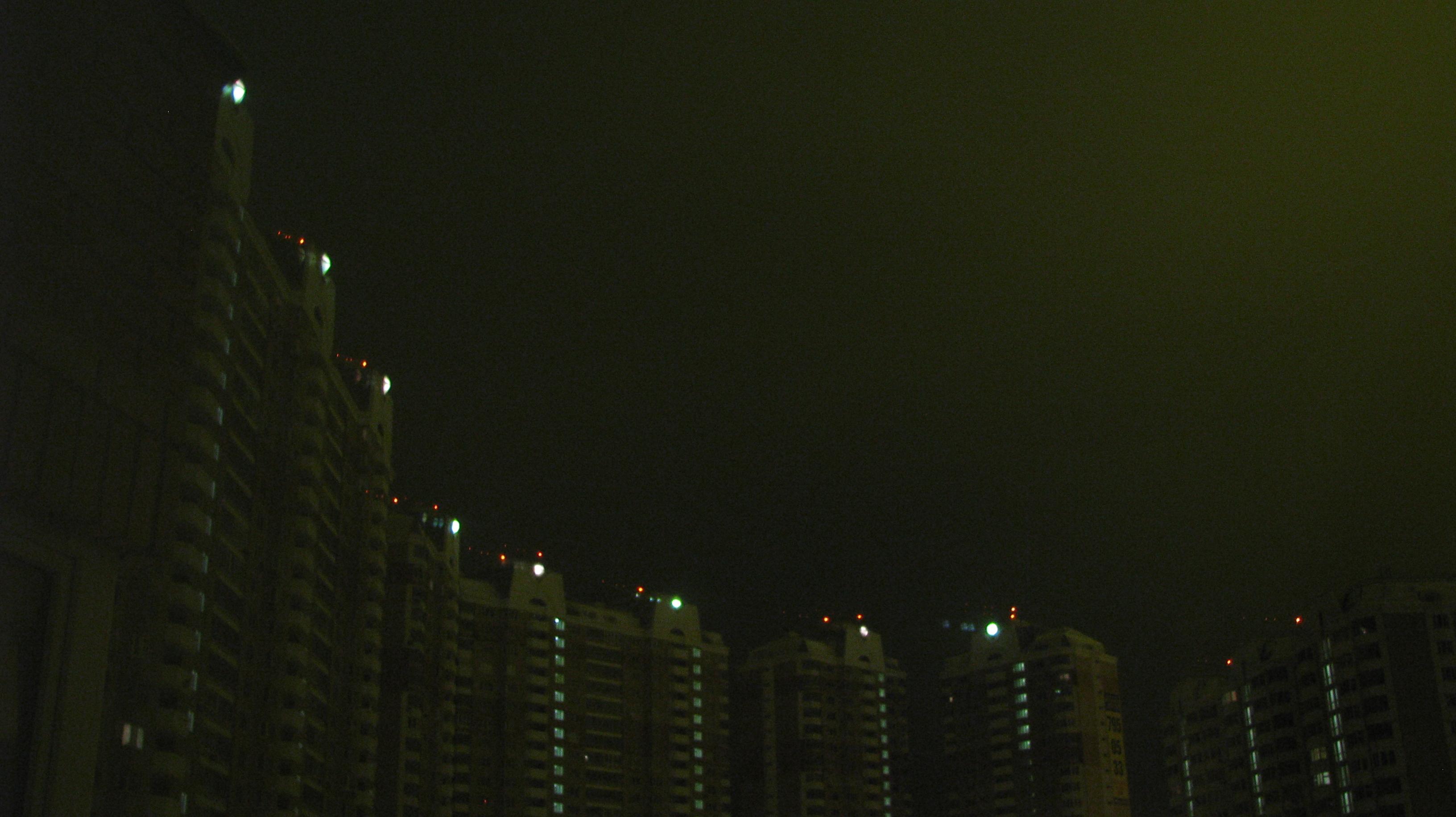 ночка тёмною была в граде Московском
